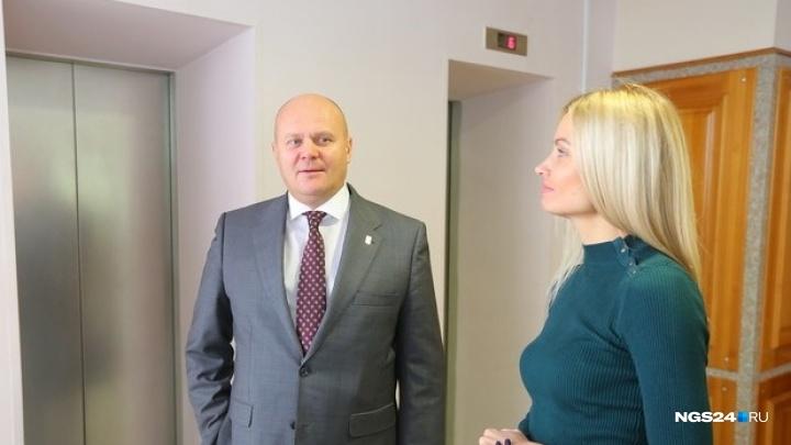 В кабинете первого заместителя мэра Логинова прошли обыски
