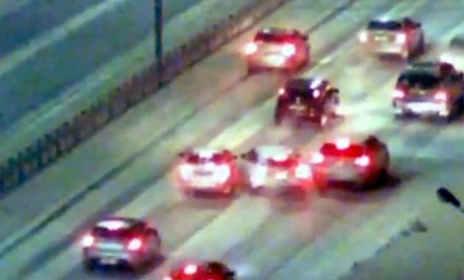 Водитель в попытке избежать столкновения устроил курьезную аварию