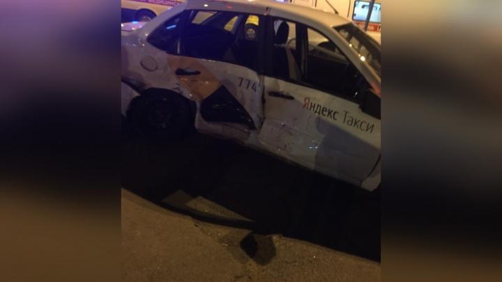 Вёз троих пассажиров: стали известны подробности смертельного ДТП с «Яндекс.Такси»