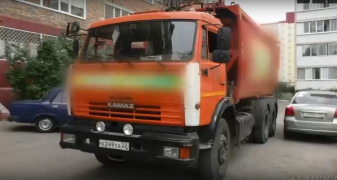 Водителя мусоровоза, который насмерть сбил пенсионера, отправили в колонию