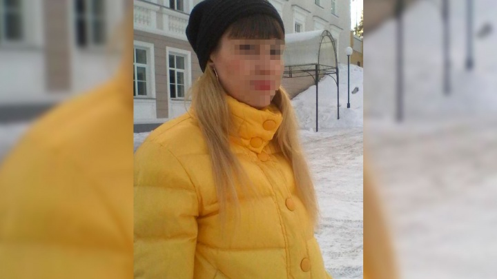Ударила девочку головой о стену и пол: на Урале военнослужащая избила трехлетнюю дочь