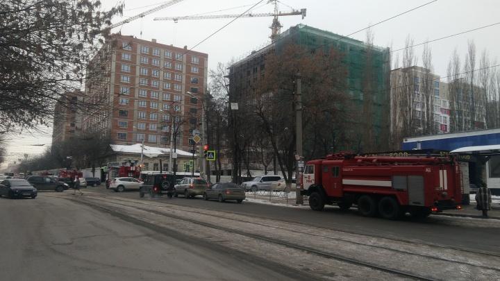 Уфимцев напугал черный дым: на стройке элитного дома произошел пожар