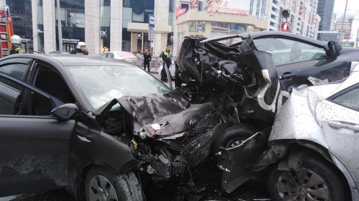 Экспертиза показала, что водитель KIA, устроивший ДТП на Малышева, был трезв