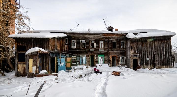 Что скрывают заброшенные тюменские дома? 25 кадров, пробирающих до мурашек