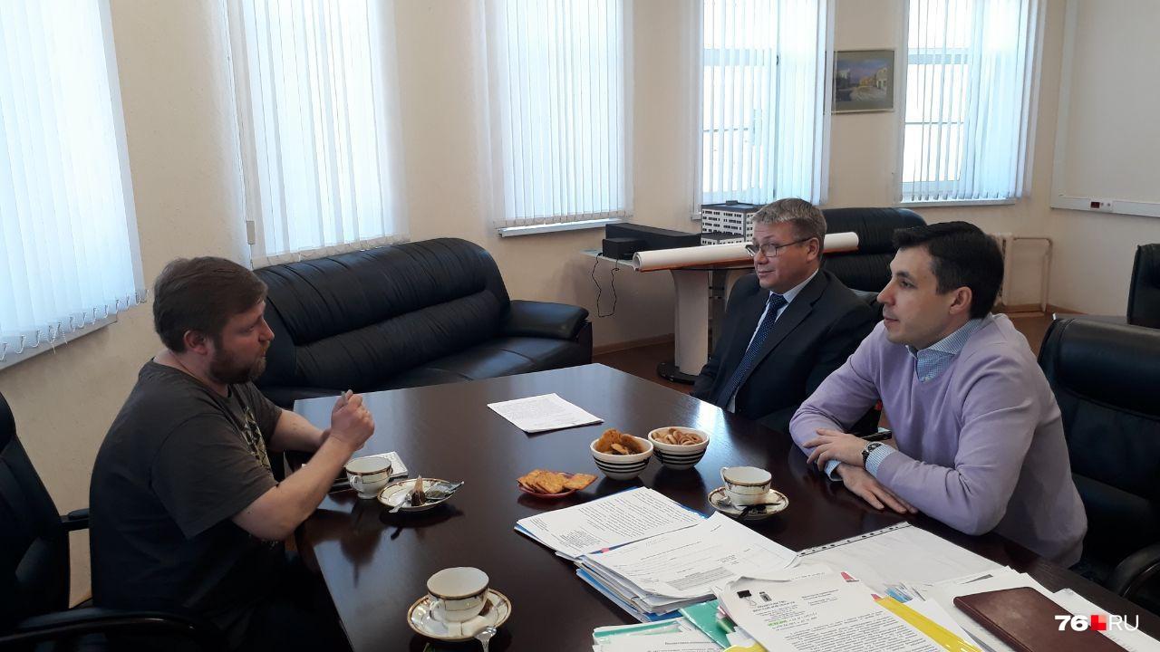 Журналист 76.RU Михаил Контуев задал чиновникам те вопросы, которые задавали сотрудникам редакции читатели