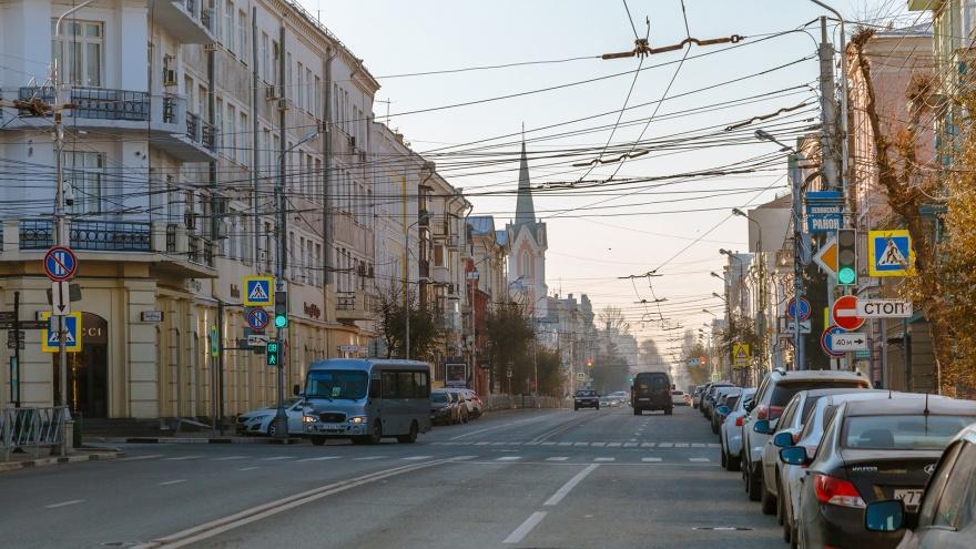 Платные парковки в Самаре: политики одобрили введение штрафов для автомобилистов