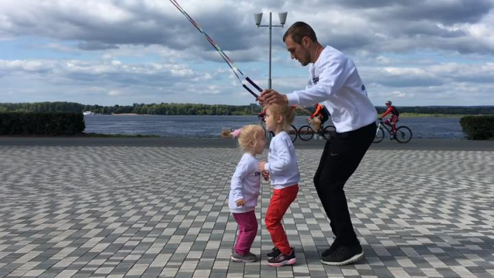 «Приятно находиться»: челябинская семья трюкачей со скакалками сняла ролик на фоне самарских видов