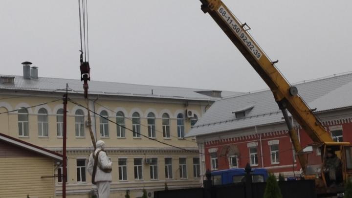 В центре города убрали памятник Ленину: что решили установить на его месте