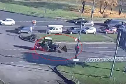 Водитель трактора явно нарушил ПДД
