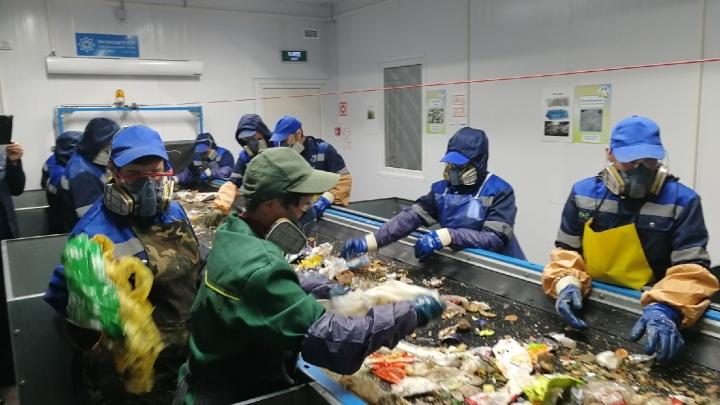 В Омске второй раз (уже официально) открыли мусоросортировочный завод