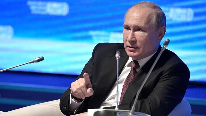 «Их деньги останутся у нас»: Кошелев попросил Путина упростить визовый режим для туристов