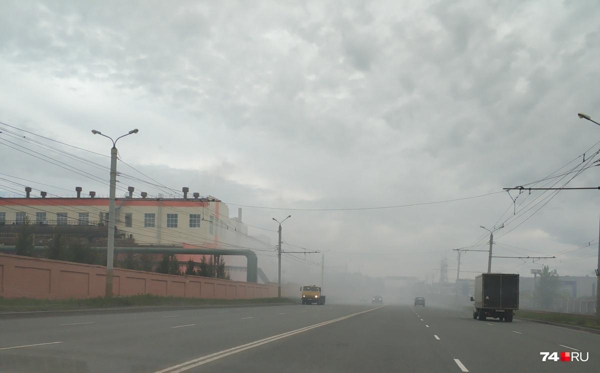Такую картину автомобилисты на Свердловском тракте наблюдали сегодня утром