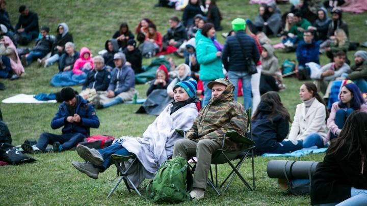 Корреспондент UFA1.RU — о «Симфоночи»: «Зрители в теплых куртках, а оперные дивы — в декольте»