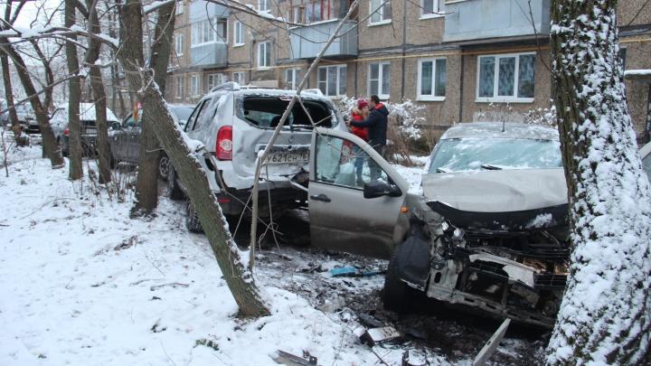 Водитель «Ауди» устроил в Рыбинске замес из пяти машин