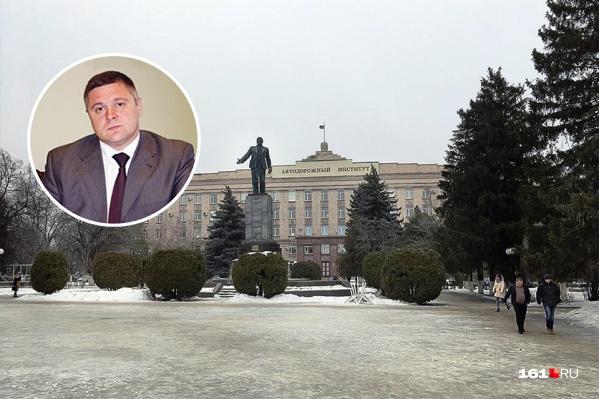 Денис Станиславов оставил пост мэра Шахт в 2015 году