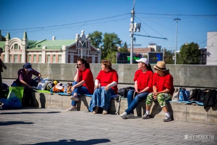 Дольщики голодают на пл. Ленина