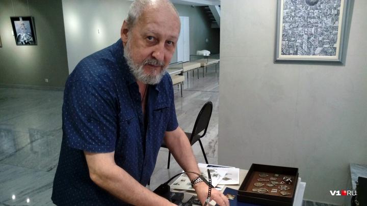 Пройти по «Мастерской»: Владислав Коваль приглашает на авторскую экскурсию по собственной выставке