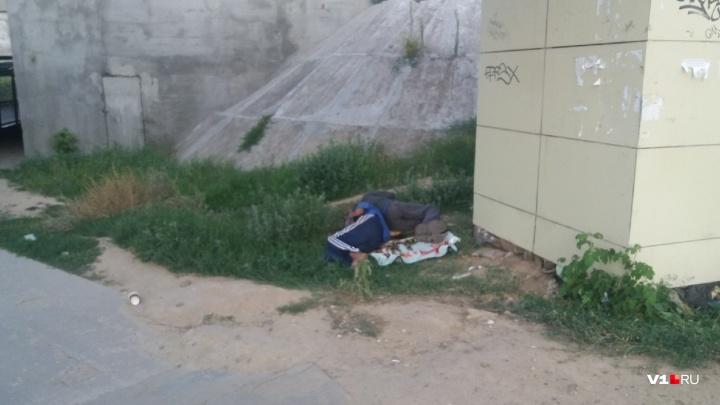 В центре Волгограда в коллекторе теплотрассы обнаружили труп мужчины