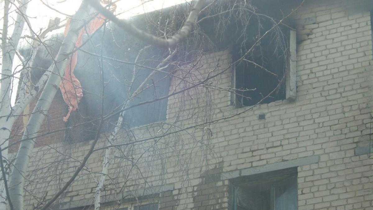 «Кирпичи отлетели, стекла выбило»: в квартирена Химмаше взорвался газ