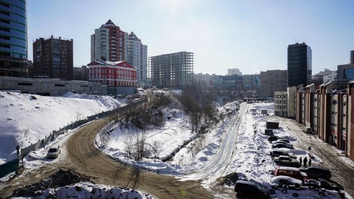 Битва за парк у площади Калинина: новосибирцы потребовали отказаться от магистрали вдоль реки