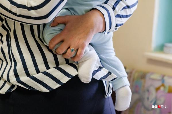 Прежде чем родить ребенка, предстоит еще девять месяцев его выносить. Вокруг беременности тоже много разных мифов