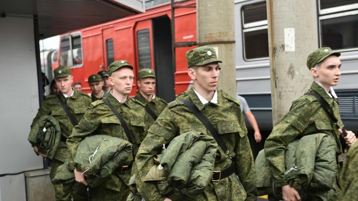 «Таких уже человек 400»: екатеринбуржца неожиданно забрали в армию во второй раз