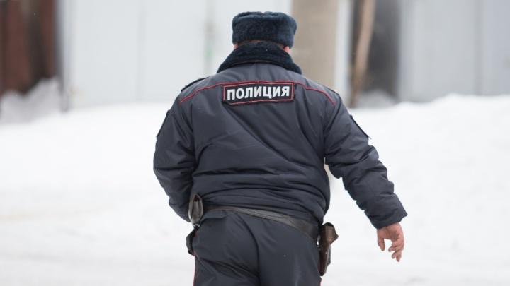 Полицейские спасли мужчину, упавшего в Северное водохранилище