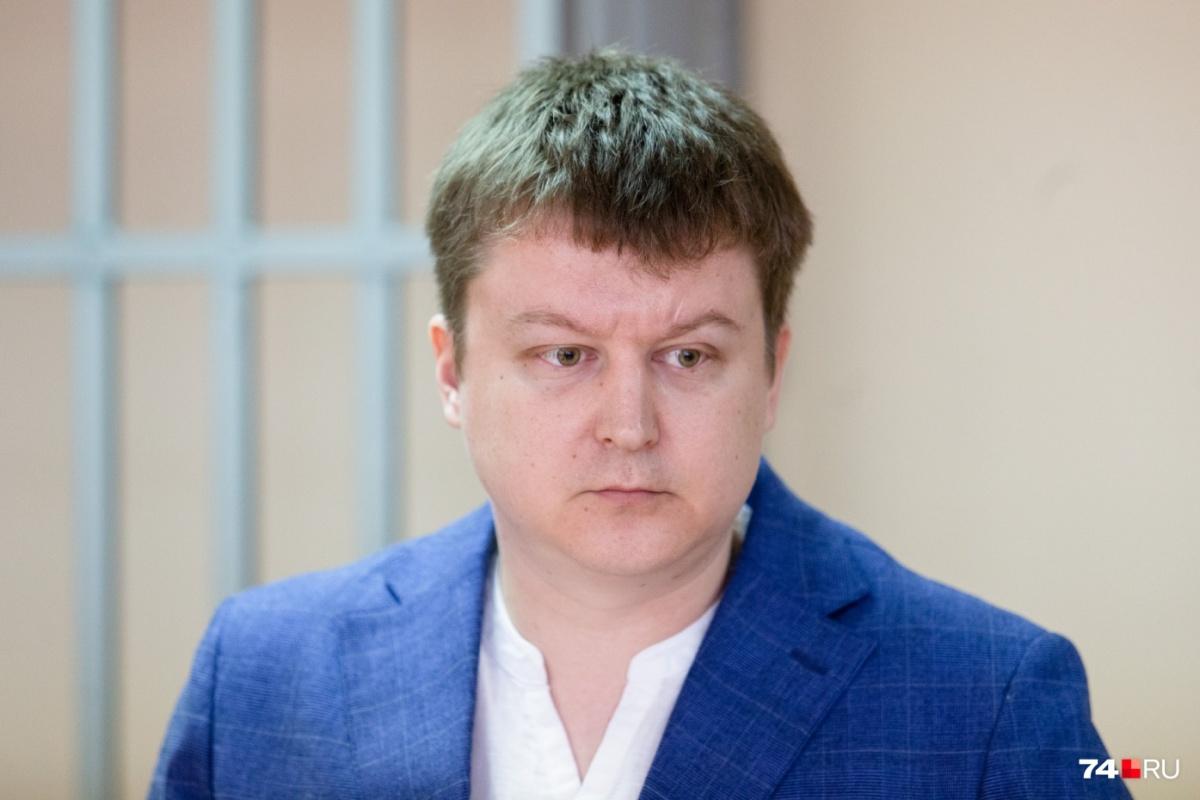 ВрачАлександр Кислухин признал свою вину, чтобы продолжить работу