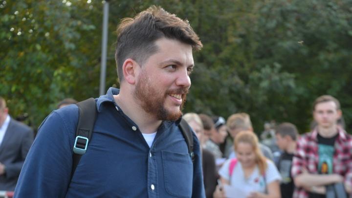 Соратника Навального Леонида Волкова неожиданно отпустили на свободу
