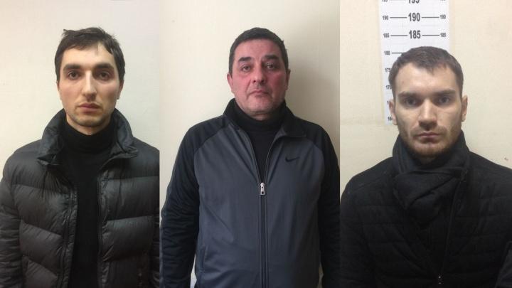 Свердловские полицейские ищут жертв банды, которая грабила автомобилистов