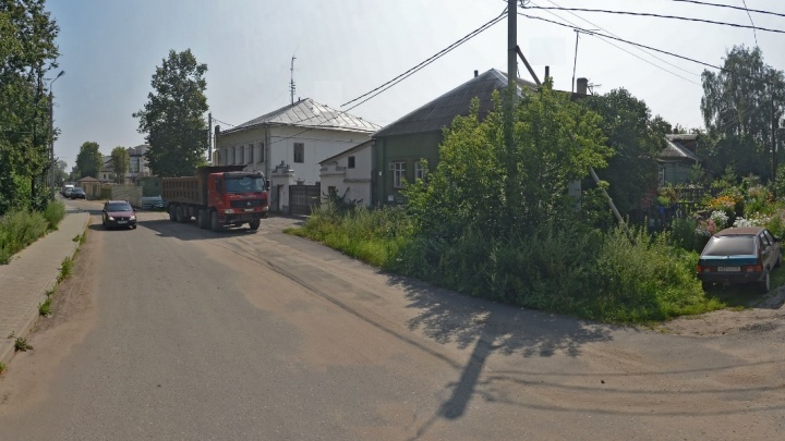 Мэрия изымет дом у жильцов на берегу Которосли