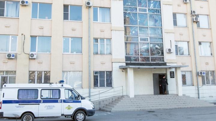 В Ростове мужчины украли школьницу