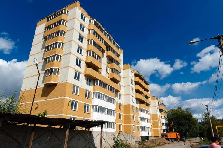 Стройка домов растянулась на три года