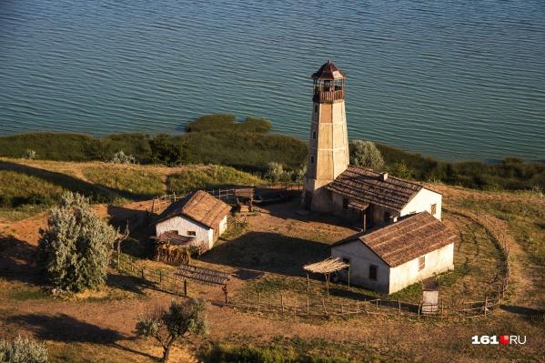 Жителей Ростовской области всполошило объявление о платном входе на территорию маяка