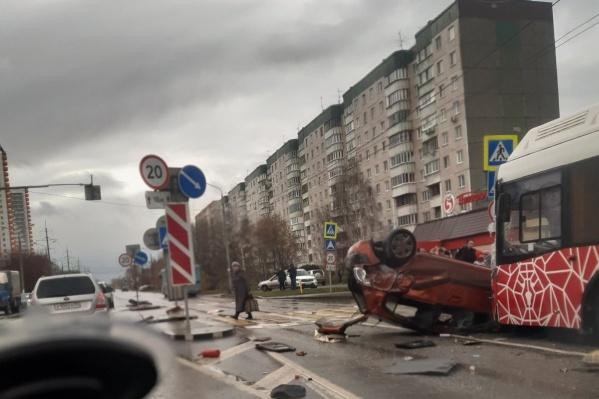 Машину серьезно помотало перед столкновением