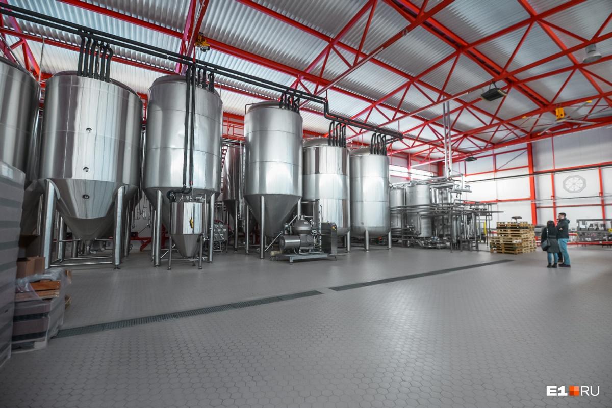 Это специальная система, которая промывает все оборудование на каждом из этапов производства пива
