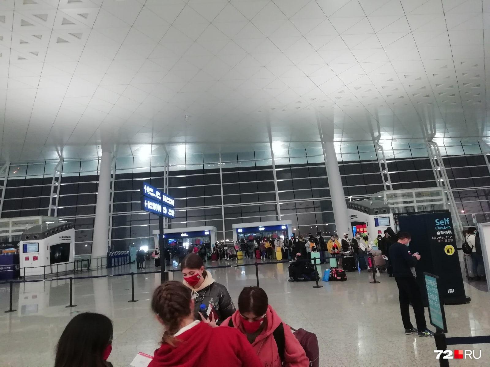 Так выглядит аэропорт в Ухани