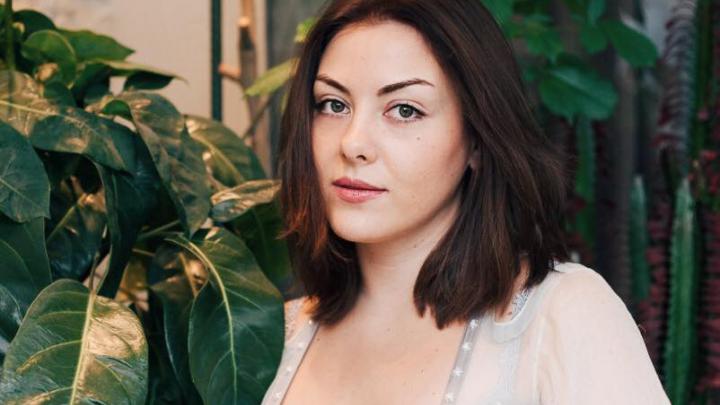 Экс-кандидат в мэры Екатеринбурга вышла замуж за иностранного чиновника и стала гидом