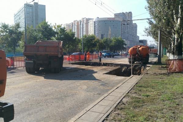 После завершения ремонта на участке уложат новый асфальт