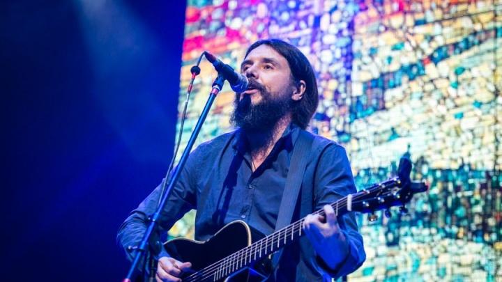 «Мы не подведём»: Дмитрий Ревякин позвал читателей E1.RU на концерт группы «Калинов мост»