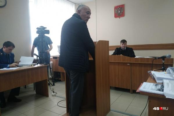 Авак Бабаян рассказал, что Ванюков через посредника Олега Пархаева вымогал у него 26 миллионов рублей