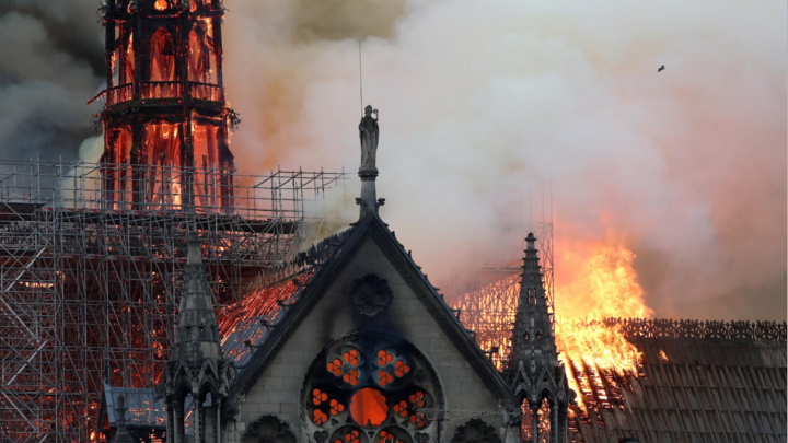 Уфимцы — о пожаре в соборе Парижской Богоматери: «Теперь только шок и боль»