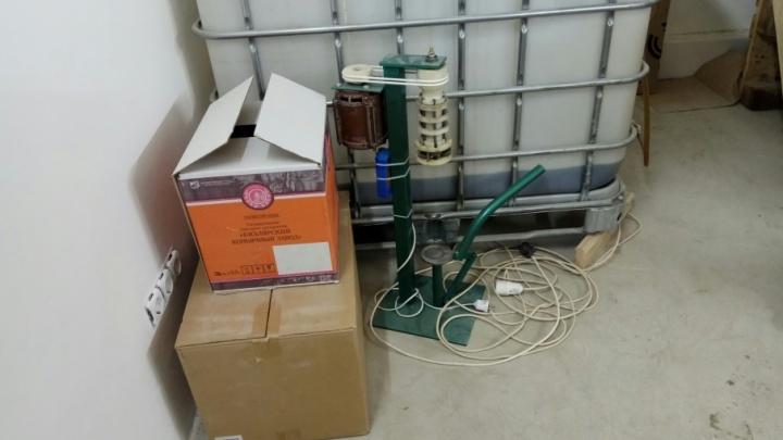 Открыл цех в гараже: в Самаре вынесли приговор производителю паленой водки и коньяка