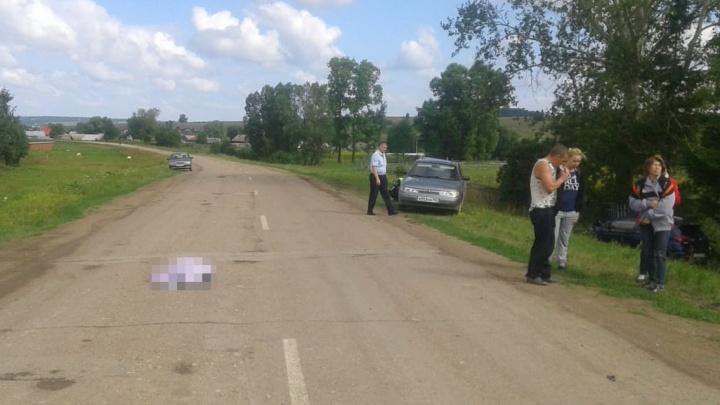 «От удара его кроссовочки слетели»: появились первые кадры смертельного ДТП в Башкирии