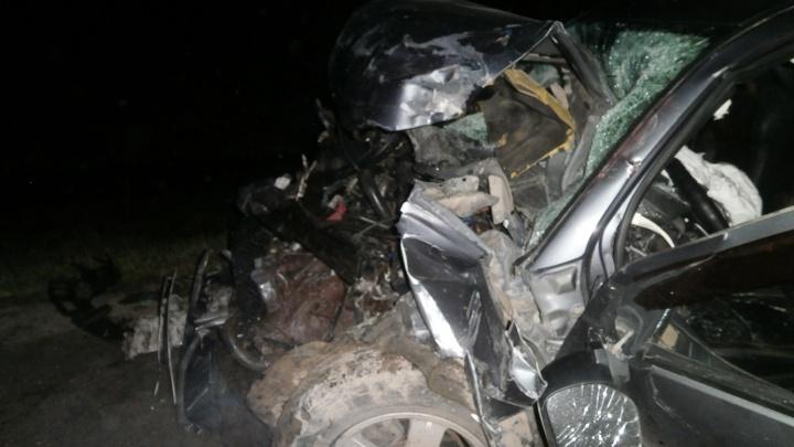 На трассе Пермь — Екатеринбург пьяный водитель внедорожника врезался в фуру
