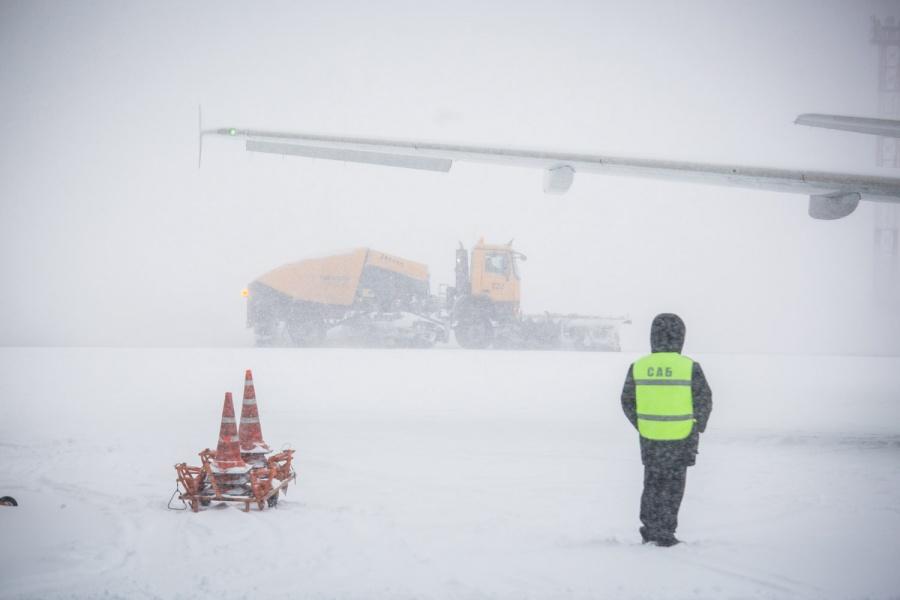 Авиасообщение сКамчаткой прервано из-за циклона