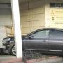 «Перепутала педали»: в Челябинске иномарка влетела в офисное здание, по пути сбив пешехода
