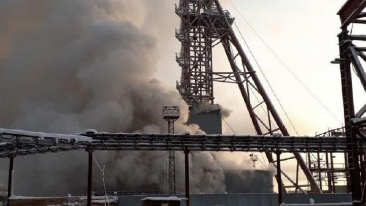 Что все-таки горело на шахте в Соликамске? Вот версии МЧС, ФСБ и «Уралкалия»
