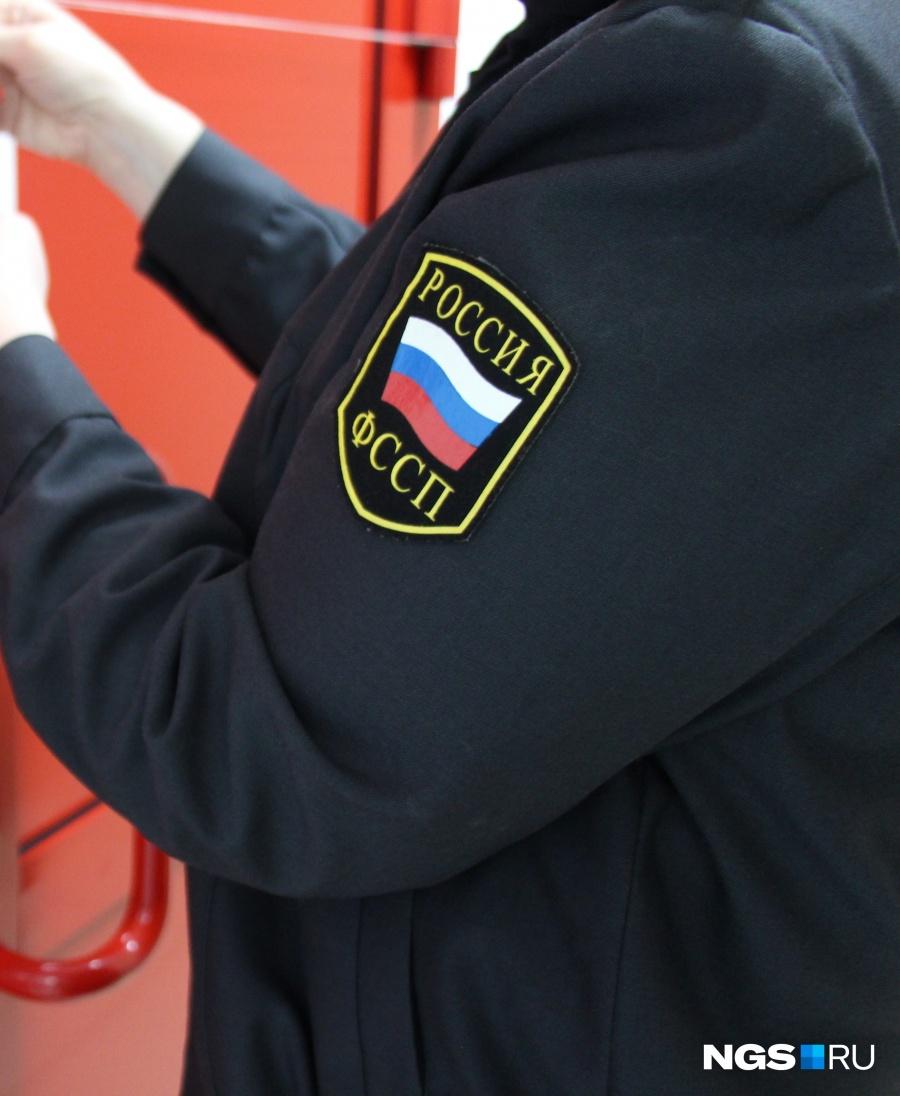 Кузбасские приставы арестовали собачьи будки уместного жителя