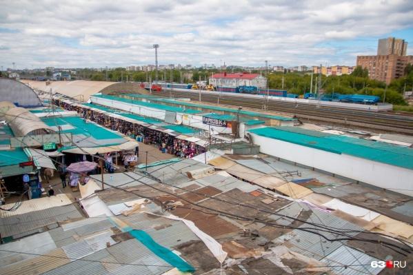 Рынок на Пятилетке расчистят от незаконных торговых точек